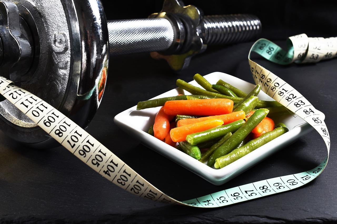 Gewichtsreduktion durch Ernährung und Training
